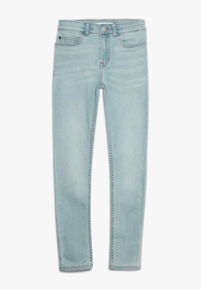 SKINNY HIGH RISE - Skinny-Farkut - vale light blue stretch