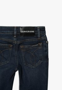 Calvin Klein Jeans - SKINNY SAVE STRETCH - Jeans Skinny Fit - denim - 4