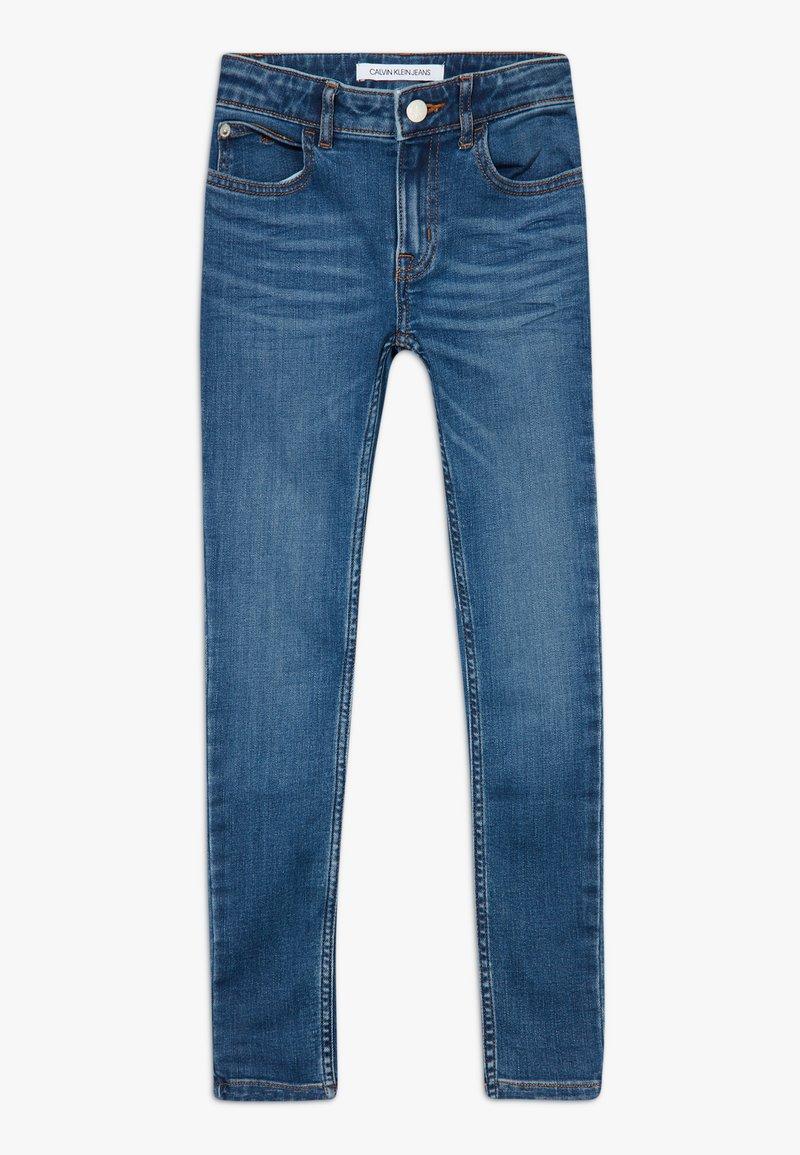 Calvin Klein Jeans - SUPER SKINNY PASS - Jeans Skinny Fit - blue denim