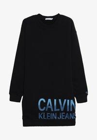 Calvin Klein Jeans - STAMP LOGO DRESS - Denní šaty - black - 3