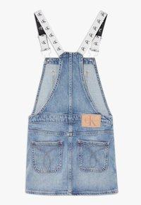 Calvin Klein Jeans - DUNGAREE DRESS  - Vestido vaquero - denim - 1