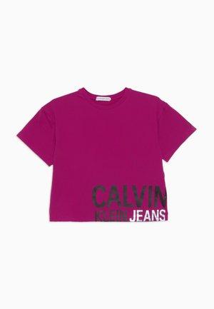 STAMP LOGO BOXY - T-shirt z nadrukiem - pink