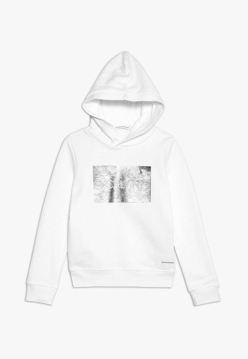 Calvin Klein Jeans - SILVER BOX HOODIE - Hoodie - white