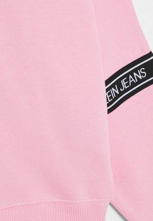 LOGO TAPE  - Sweatshirt - pink