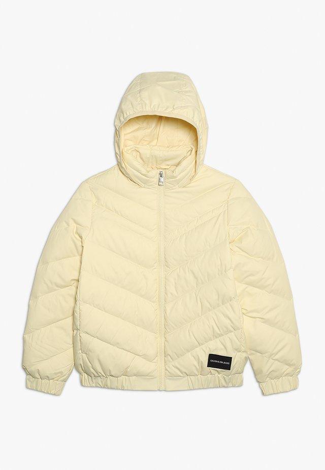 LIGHT - Gewatteerde jas - yellow