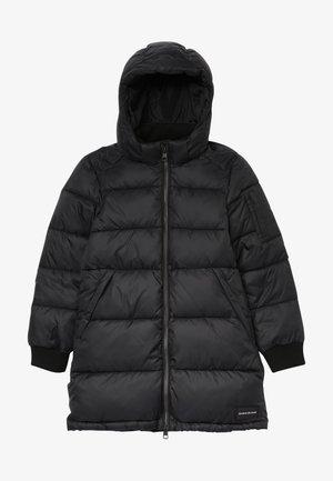 ESSENTIAL PUFFER LONG JACKET - Zimní kabát - black