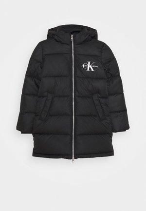ESSENTIAL PUFFER LONG COAT - Zimní kabát - black