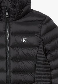 Calvin Klein Jeans - FITTED LIGHT JACKET - Piumino - black - 3