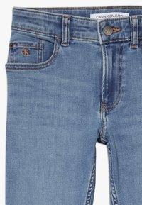 Calvin Klein Jeans - SLIM DAWN - Slim fit -farkut - blue - 4