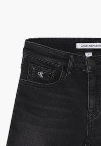 Calvin Klein Jeans - SLIM - Shorts di jeans - black - 3