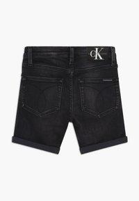 Calvin Klein Jeans - SLIM - Shorts di jeans - black - 1