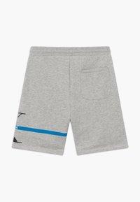 Calvin Klein Jeans - MONOGRAM STRIPE - Teplákové kalhoty - grey - 1