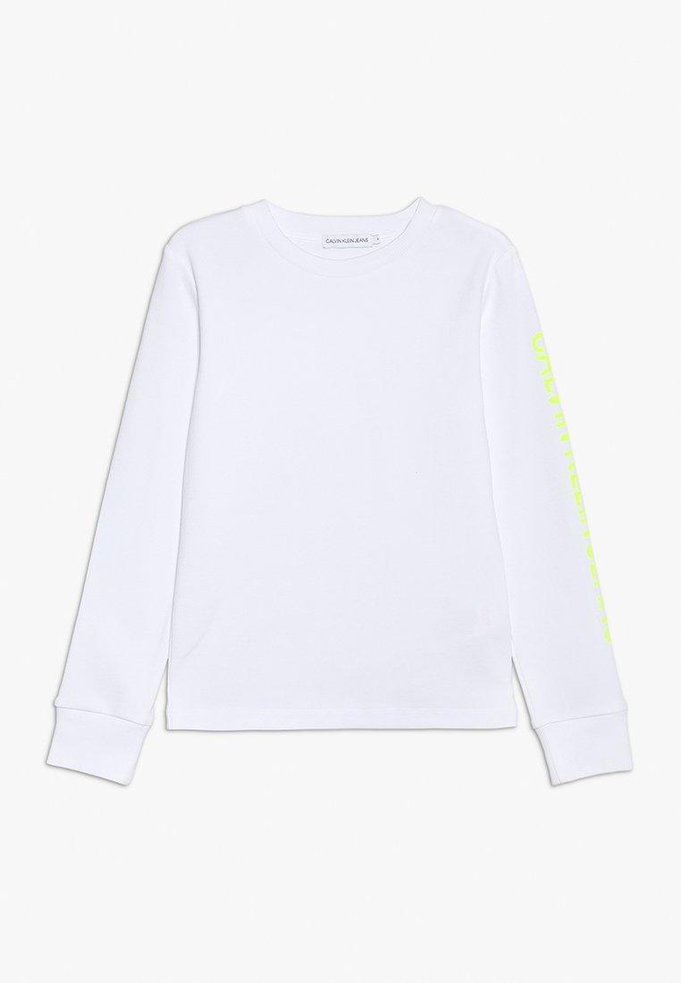 Calvin Klein Jeans - LONG SLEEVE LOGO TEE - Long sleeved top - white