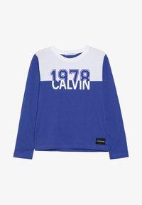 Calvin Klein Jeans - COLOUR BLOCK 1978  - Top sdlouhým rukávem - blue - 2