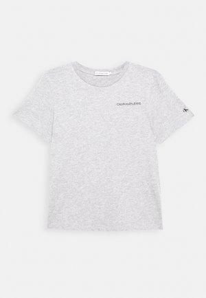 CHEST LOGO - Camiseta básica - grey