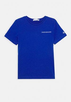 CHEST LOGO - Jednoduché triko - blue