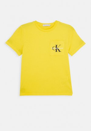 MONOGRAM POCKET  - Camiseta estampada - yellow