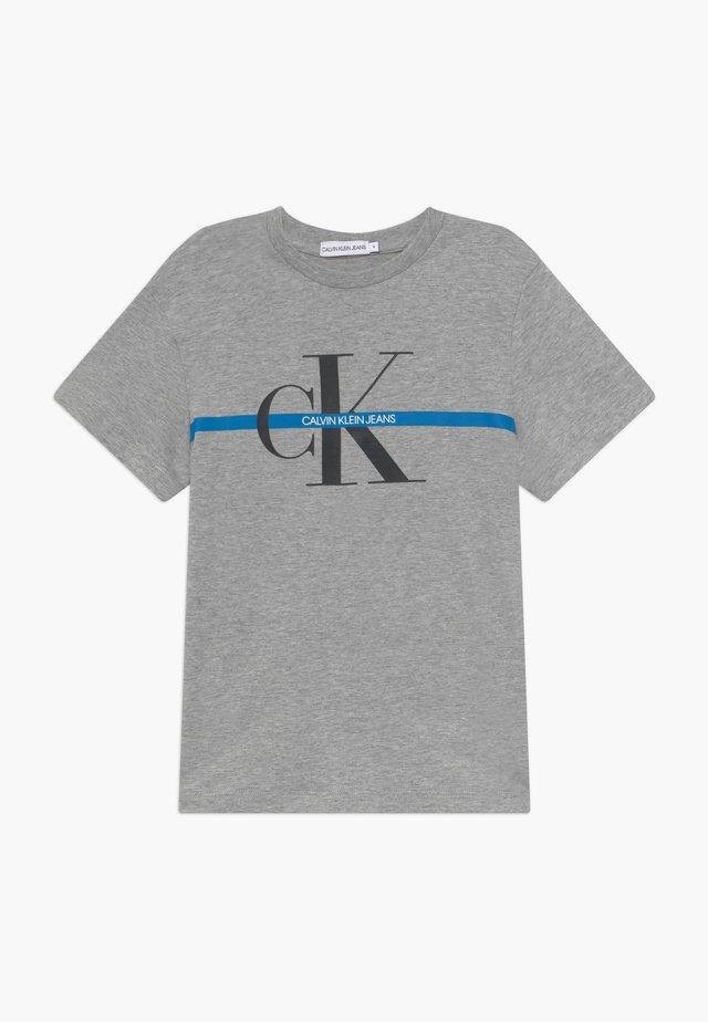 MONOGRAM STRIPE - T-shirt print - grey