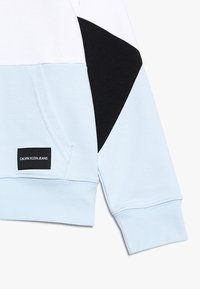 Calvin Klein Jeans - COLORBLOCK HOODIE - Mikina skapucí - black - 2
