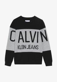 Calvin Klein Jeans - STAMP LOGO  - Trui - black - 3