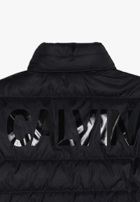 Calvin Klein Jeans - RECYCLED LIGHT BOMBER - Down jacket - black - 3
