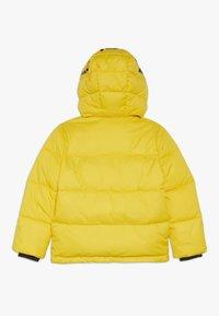 Calvin Klein Jeans - ESSENTIAL PUFFER JACKET - Veste d'hiver - yellow - 1