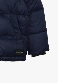 Calvin Klein Jeans - ESSENTIAL PUFFER JACKET - Veste d'hiver - blue - 5