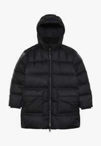 Calvin Klein Jeans - LOGO TAPE LONG JACKET - Doudoune - black - 5
