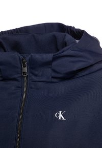 Calvin Klein Jeans - MONOGRAM STRIPE  - Chaqueta de entretiempo - blue - 3