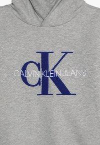 Calvin Klein Jeans - MONOGRAM HOODIE - Mikina skapucí - grey - 3