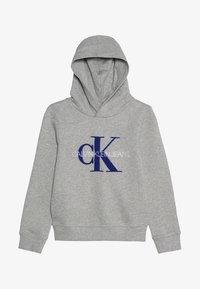 Calvin Klein Jeans - MONOGRAM HOODIE - Mikina skapucí - grey - 2