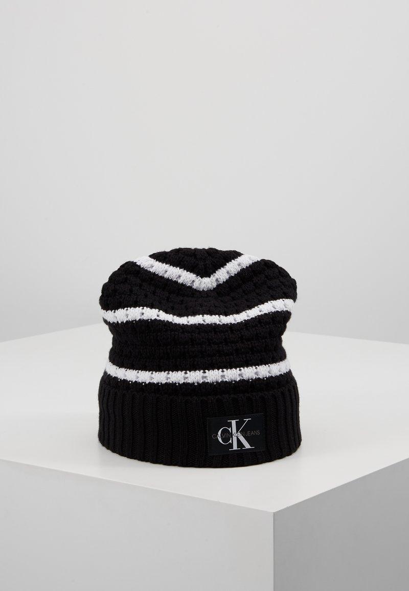 Calvin Klein Jeans - MONO BEANIE - Gorro - black