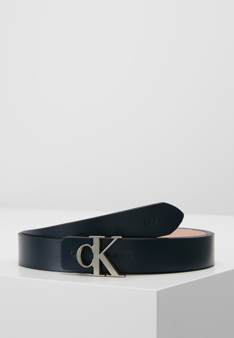 Calvin Klein Jeans - SKINNY MONOGRAM REVERSIBLE - Gürtel - peacota/peachy keen