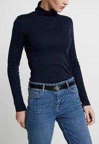Calvin Klein Jeans - SKINNY MONOGRAM - Pasek - black - 3