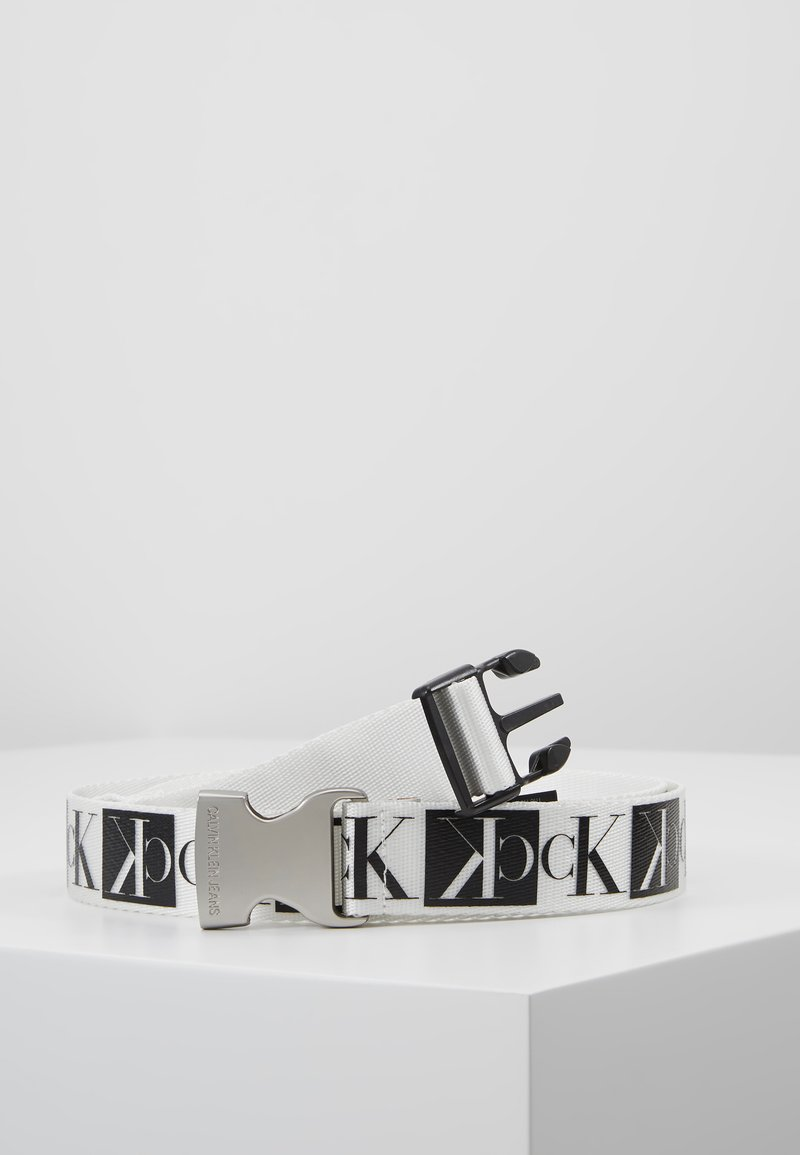 Calvin Klein Jeans - PLAQUE BELT - Belt - white/black