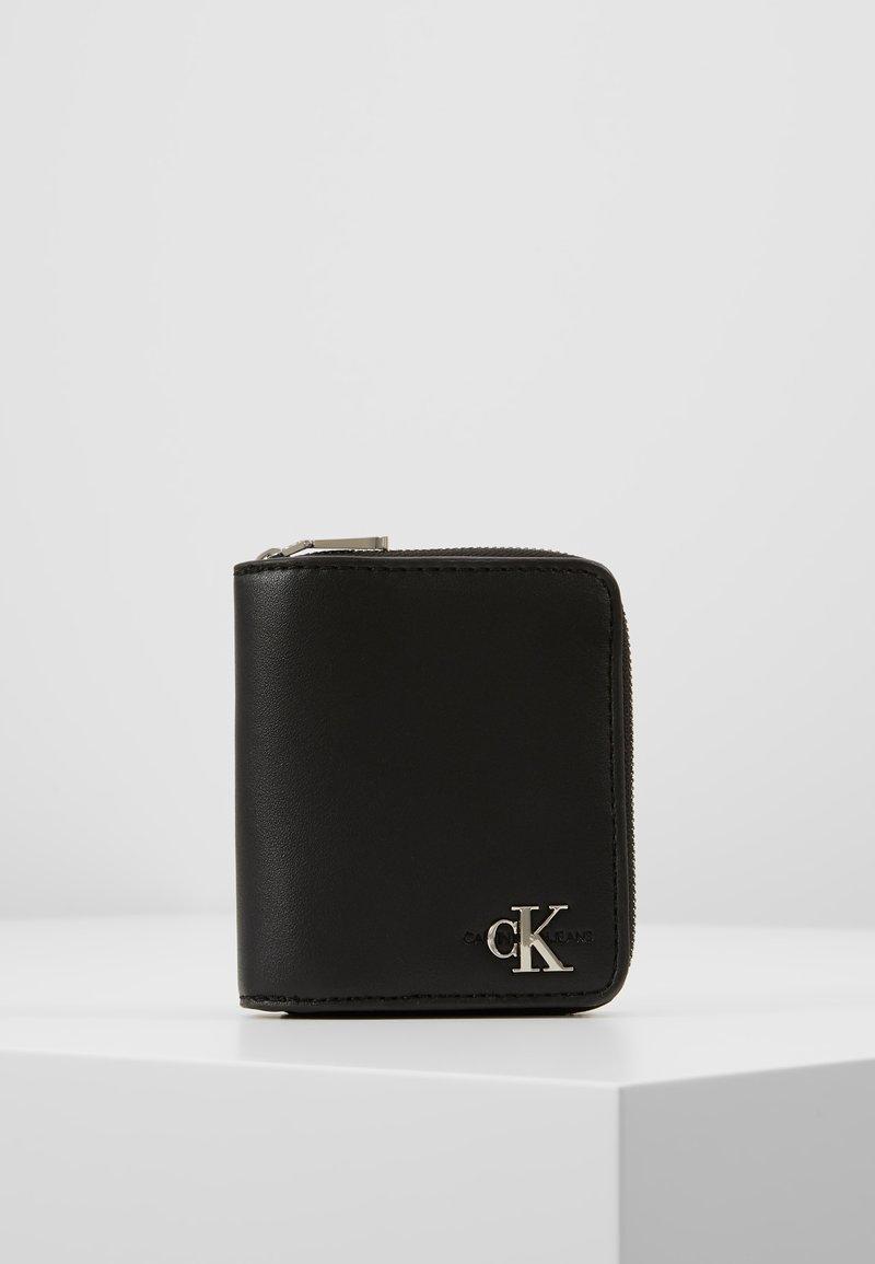 Calvin Klein Jeans - MONOGRAM HARDWARE WALLET - Monedero - black