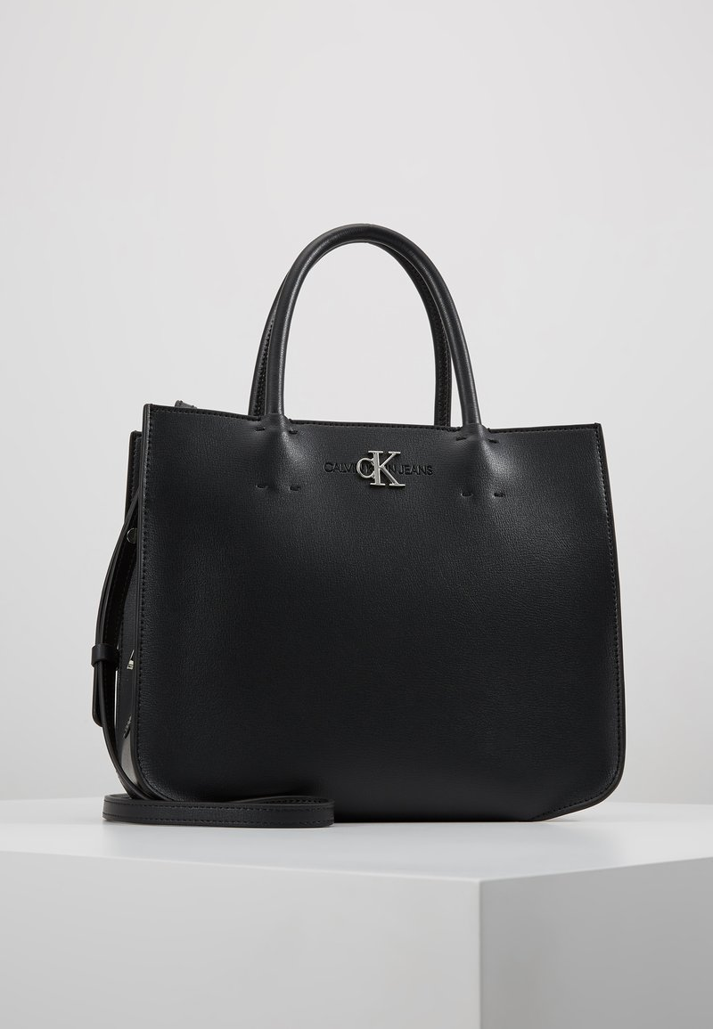 Calvin Klein Jeans - MONOGRAM SATCHEL - Käsilaukku - black
