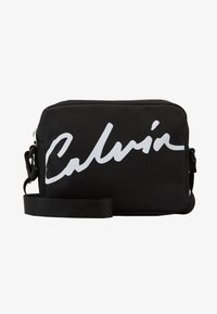 Calvin Klein Jeans - CKJ SPORT ESSENTIALS CAMERA BAG - Sac bandoulière - black - 1