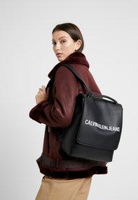 Calvin Klein Jeans - SCULPTED FLAP - Zaino - black - 1