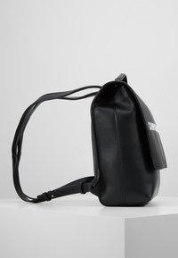 Calvin Klein Jeans - SCULPTED FLAP - Zaino - black - 3