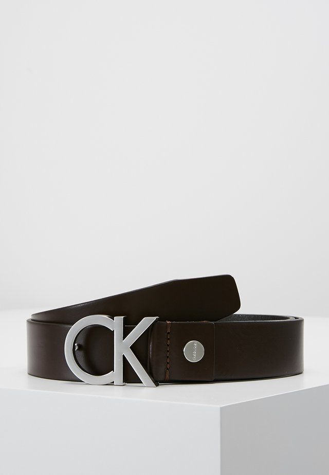 BUCKLE BELT - Vyö - brown