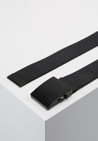 Calvin Klein Jeans - MILITARY BELT - Gürtel - black - 2
