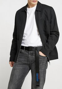 Calvin Klein Jeans - MILITARY BELT - Gürtel - black - 1