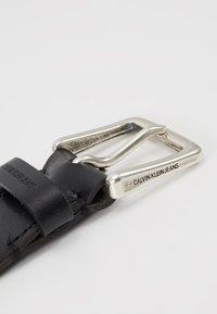 Calvin Klein Jeans - ADJUSTABLE BELT - Belt - black - 3