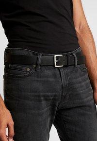 Calvin Klein Jeans - ADJUSTABLE BELT - Belt - black - 1