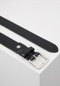 Calvin Klein Jeans - ADJUSTABLE BELT - Belt - black - 2