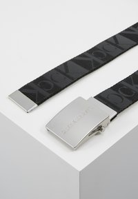 Calvin Klein Jeans - PLAQUE CANVAS BELT  - Pásek - grey - 2