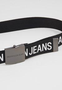 Calvin Klein Jeans - LOGO TAPE PLAQUE BELT - Cintura - black - 4