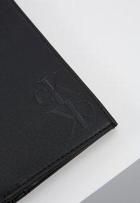 Calvin Klein Jeans - MIRROR MONOGRAM BILLFOLD - Wallet - black - 2
