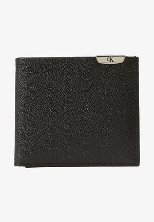 CKJ MICRO PEBBLE BIFOLD W/C - Wallet - black